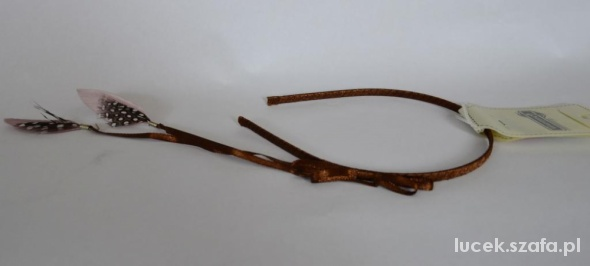 Stardivarius opaska hippie boho etno pióra