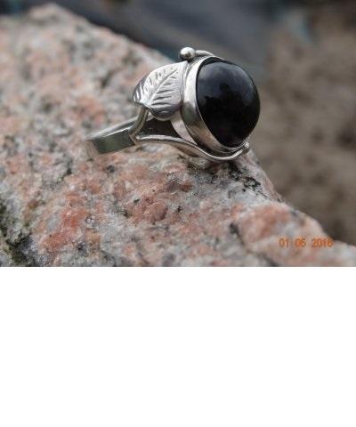 warmet listki pierścionek