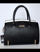 Elegancka czarna torebka na codzien