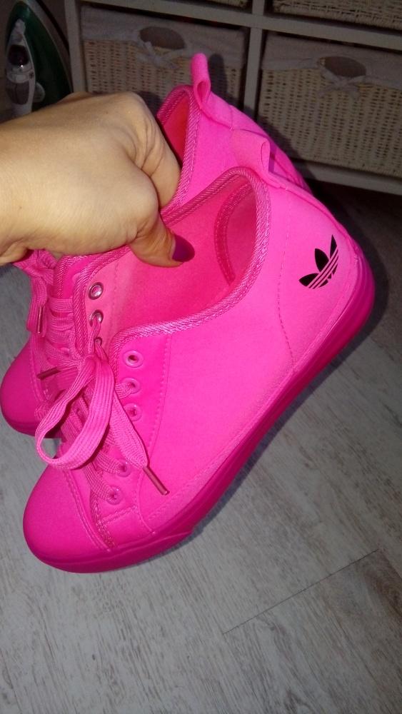 Buty adidas neonowy róż