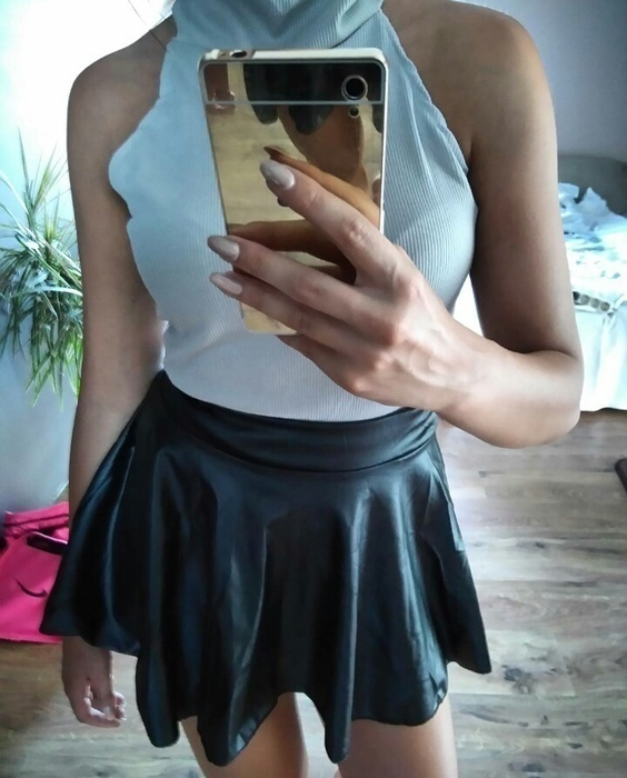 Spódnice spodnica ala skórzana s nowa
