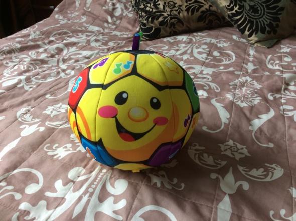 Zabawki Śpiewająca Piłka Nożna Fisher Price
