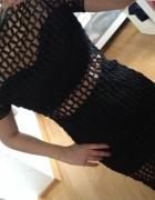 Czarna sukienka szydełkowa