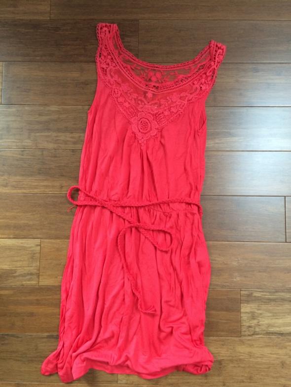 RESERVED malinowa sukienka na lato 38
