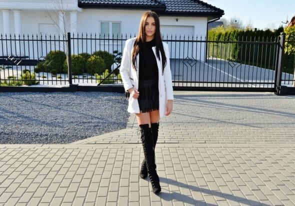 Blogerek spódnica z frędzlami