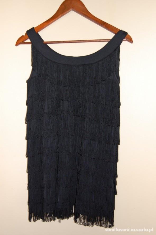 Ubrania sukienka z frędzlami hm