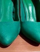 Zielone szpilki Zara