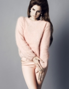 różowy sweter h&m lana del rey