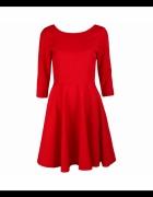 Sukienka czerwona rozkloszowana...