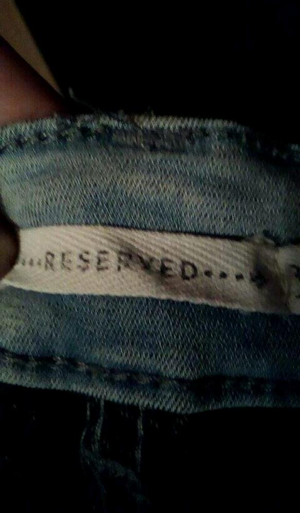 Ubrania spodnie reserved