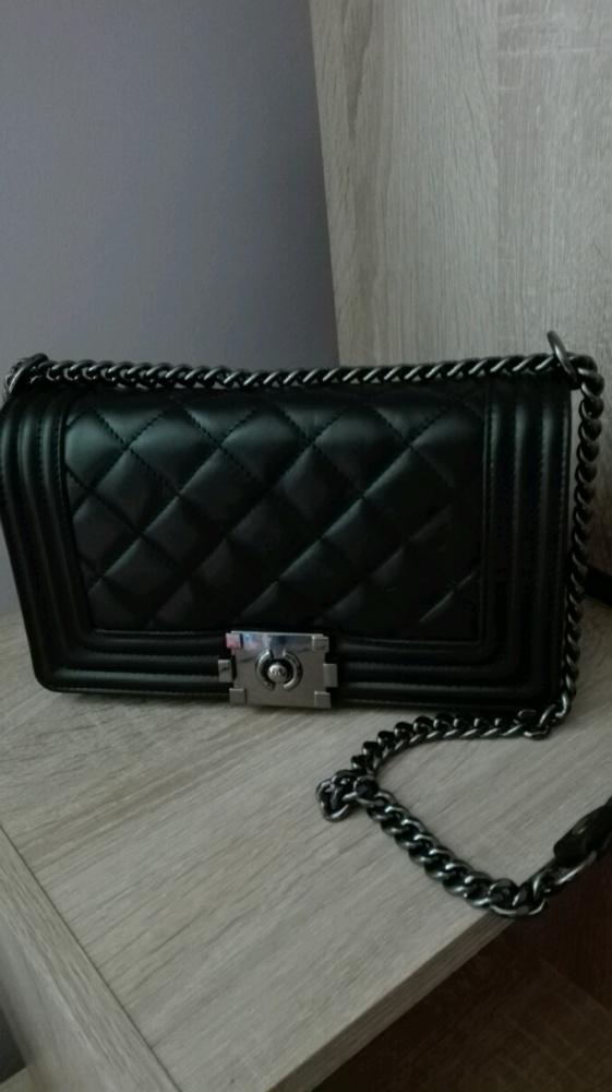 2a26632c01b87 czarna pikowana skórzana torebka z łańcuchem w Torebki na co dzień ...