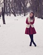 Czerwona sukienka z kożuszkiem...
