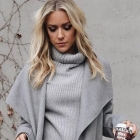 Zimowa stylizacja szary płaszcz
