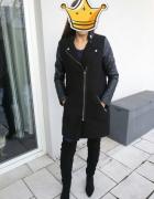 czarny płaszcz House rozm S M