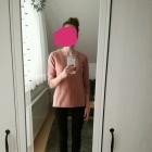 Łososiowy sweterek