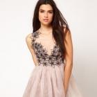 Sukienka lipsy pudrowa rozkloszowana