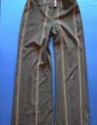 Elegancka marynarka i spodnie w kant