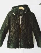 czarna kurtka pikowana Mayoral