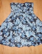 Sukienka w kwiaty h&m rozkloszowana...