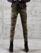 Spodnie moro...