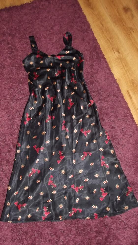 Suknie i sukienki St Bernard satynowa sukienka maxi 38 granatowa
