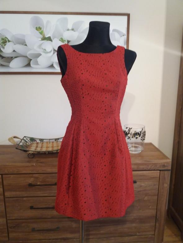 f4995f31 Elegancka czerwona sukienka mini rozmiar 36 w Suknie i sukienki ...