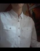 koszula RESERVED z kolorowymi cekinami kamyczkami