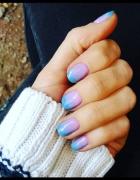 Ombre od fioletu po niebieski