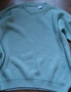 Miętowy sweter oversize