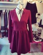 Czerwona sukienka must have