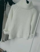 biały sweter golf gruby minimal rozmiar S