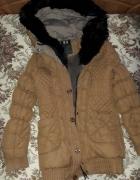 Długa zimowa kurtka