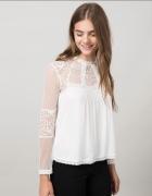Bluzka biała z siateczką Bershka
