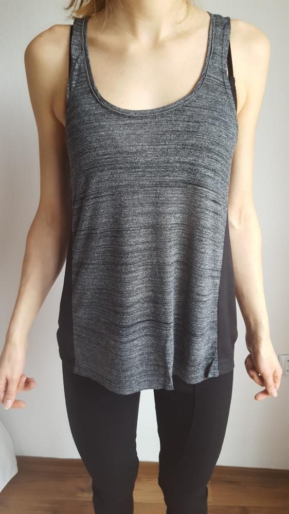 Bluzki Szara bluzka z czarnymi ala skórzanymi wstawkami