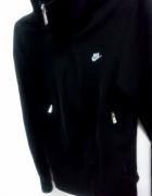 Czarna bluza nike 36