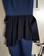 Sukienka granatowa H&M falbanka z paskiem