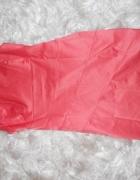 Elegancka sukienka w kolorze łososiowym 38