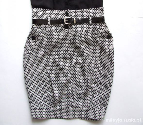 Spódnice czarno biała spódnica