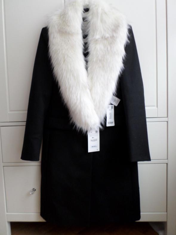 Odzież wierzchnia czarny płaszcz ZARA studio xs s męski krój