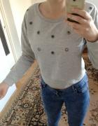 krótka bluza z dziurkami