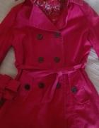 Uroczy płaszczy czerwony rozmiar S