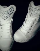sneakersy krysztalowe serca rozm 40