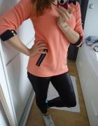 Brzoskwiniowa bluzeczka ze wstawkami rękaw połówka
