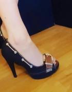 Sandałki z odkrytym palcem Rozmiar 37