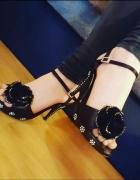 Piekne sandałki rozmiar 36