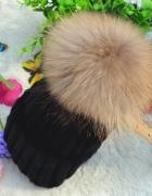 czapka z pomponem piękna czarna new look