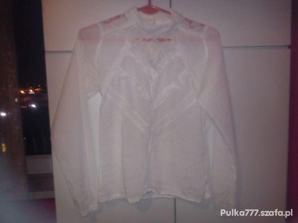 Bluzki bluzka z koronką
