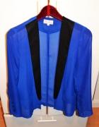 kobaltowy blazer mgiełka