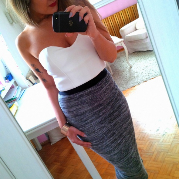 Mój styl szara spódnica
