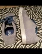 Szaro niebieskie buty sportowe Timberland...